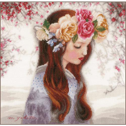 """Lanarte Meisje met Bloemenkroon - """"The Day when Flowers are Piled Up"""""""