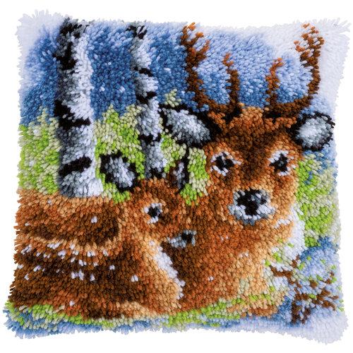 Vervaco Knoopkussen kit Hert in de sneeuw