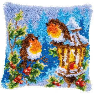 Vervaco Knoopkussen kit Roodborstjes met kerst