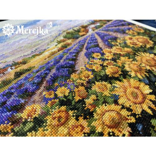 Merejka Borduurpakket Fields of Lavender and Sun - Merejka