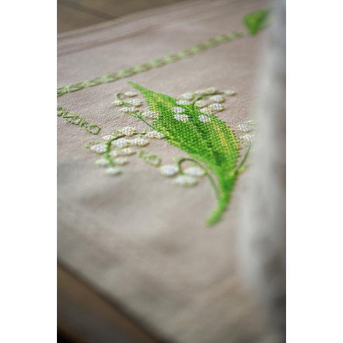 Vervaco Bedrukte stof: Tafelkleed kit Meiklokjes