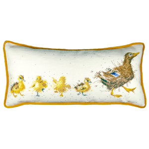 Bothy Threads Petit Point Borduurpakket Hannah Dale - Mother Duck Tapestry - Bothy Threads