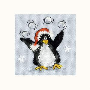 Bothy Threads Borduurpakket Margaret Sherry - PPP Playing Snowballs - Bothy Threads