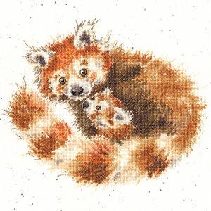 Bothy Threads Borduurpakket Hannah Dale - Tree Hugger  - Bothy Threads