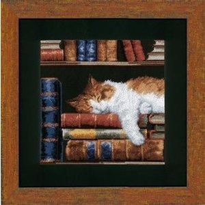 Vervaco Telpakket kit Slapende kat op boekenrek