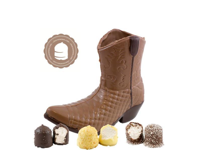 Chocolade Cowboy Laars met  6 Chocozoenen