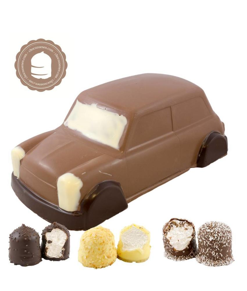 Chocolade Mini Cooper met  6 Chocozoenen