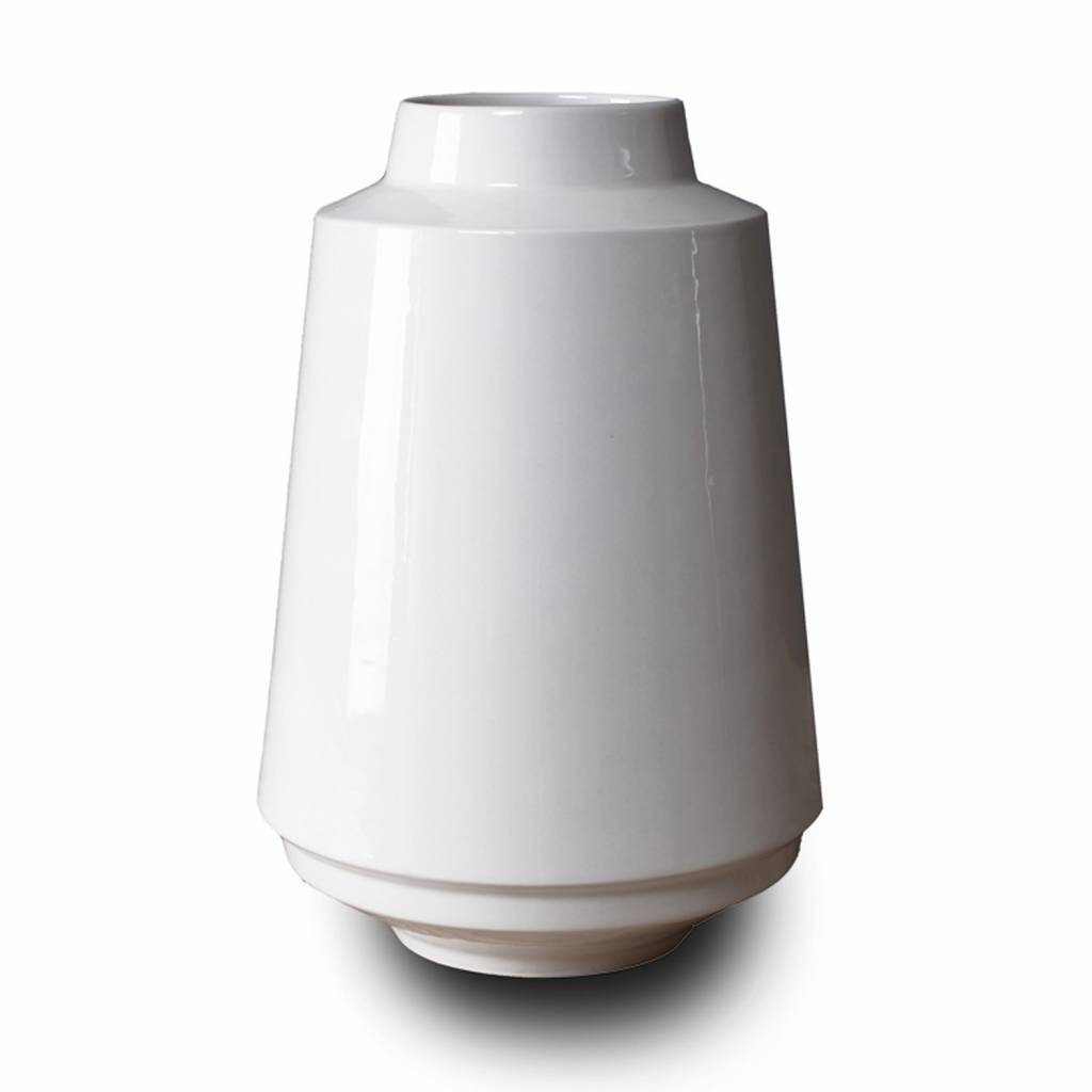High edged vase white