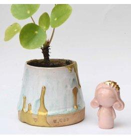 Atelier W. Doll mich  auf rosa
