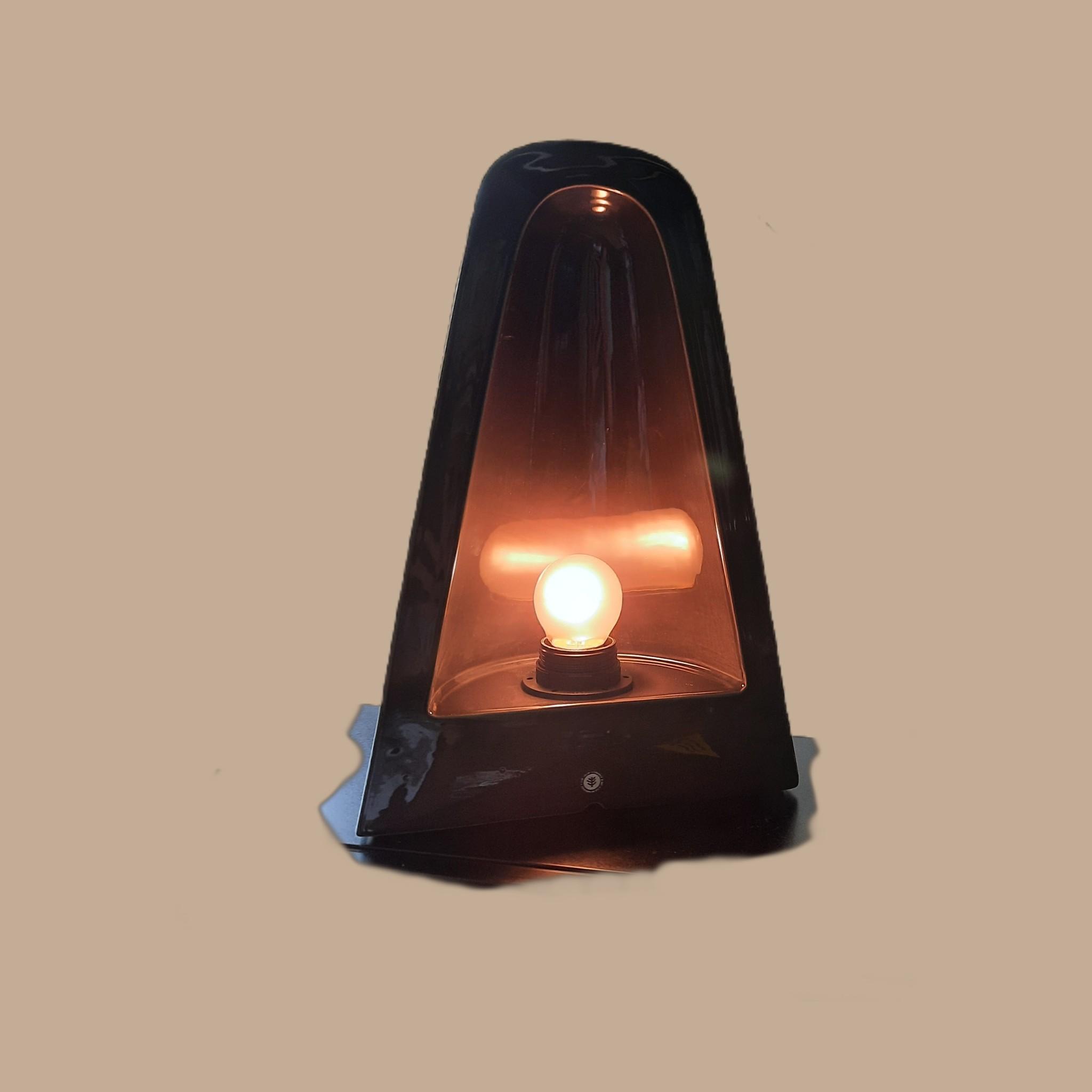 Parabola Lamp