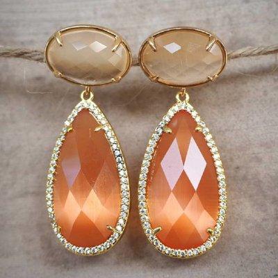 MARTHJE Oorbellen van MARTHJE | Kristal | Goud | Oranje | M18