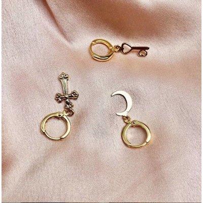 BY NOUCK BY NOUCK Earring | GOLDEN MOON | GOLD