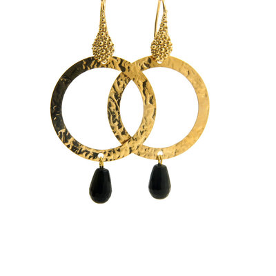 LILLY LILLY Oorbellen | Tumbled Circle Stonedrop Gold | Onyx | 18 Karaats