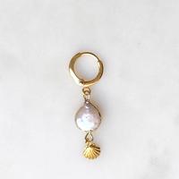 BY NOUCK BY NOUCK Earrings | PEARL SHELL | GOLD