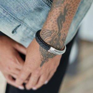 SILK Jewellery SILK Armband | 741BLK ARMBAND | WEAVE | ZILVER | Zwart Leer