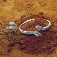 UNOde50 UNOde50 Armband | MRS ARUNA | INDIA SS20
