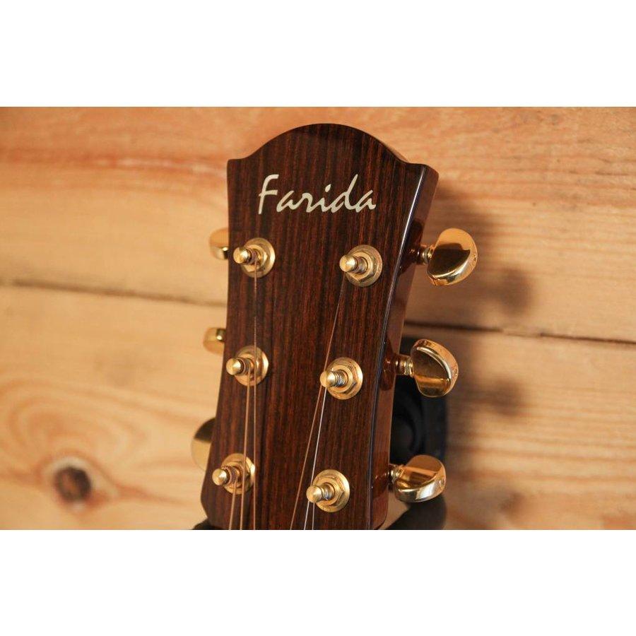 Farida R62