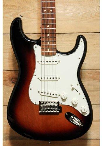 Fender Standard  Stratocaster 3TS