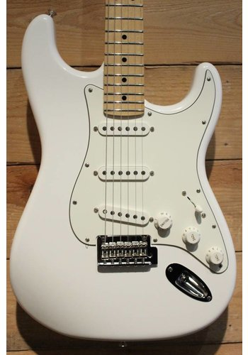 Fender Player Stratocaster Polar White