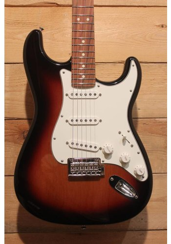 Fender Player Stratocaster 3TS PF
