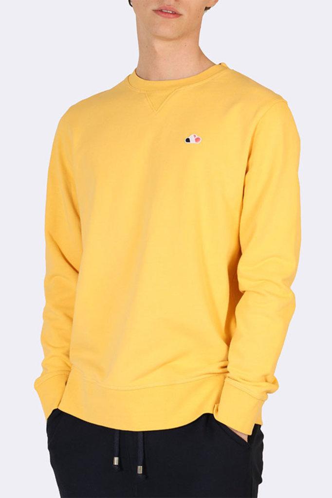 the GoodPeople cloud sweater yellow