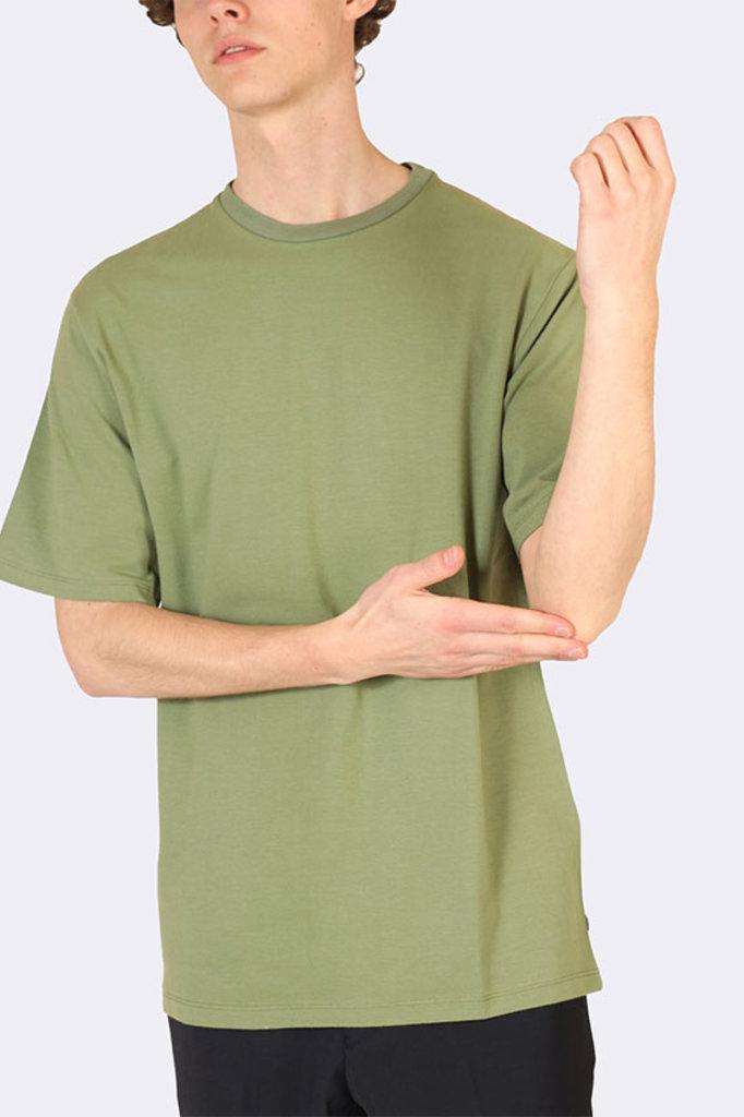 the GoodPeople jade tshirt army green