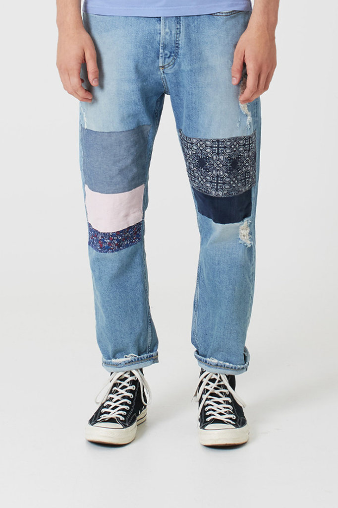Denham crop grhippy blue jeans