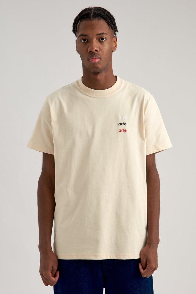 Arte thomas multi logo tshirt - creme