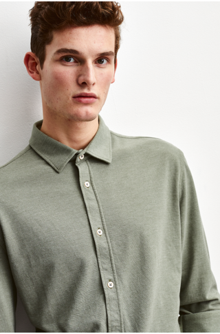 the Goodpeople strong shirt army green