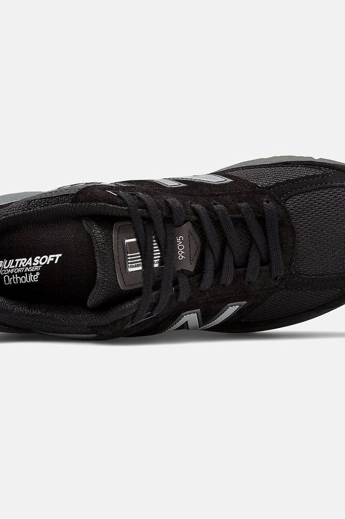 new balance 990 v5 sneaker - black with silver