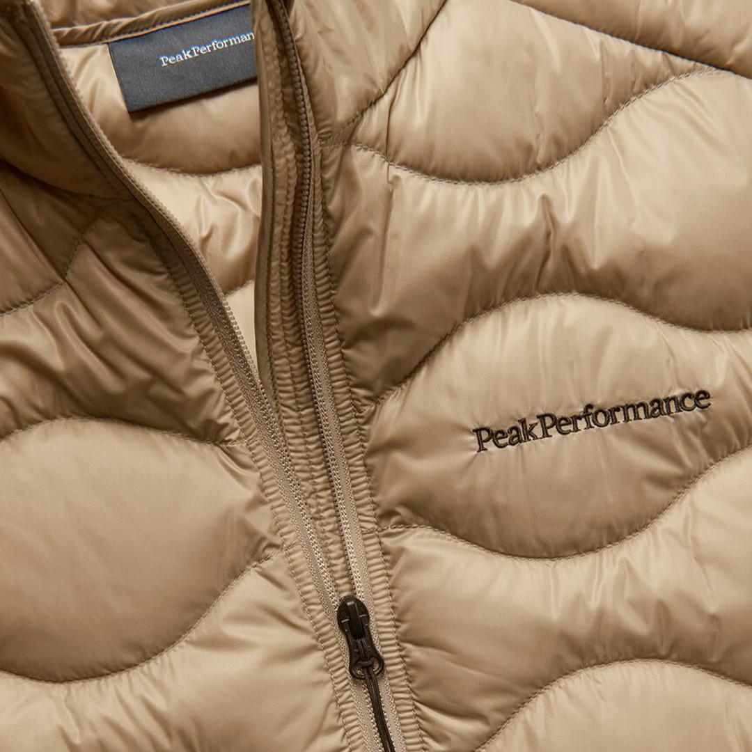 peak performance helium vest - true beige