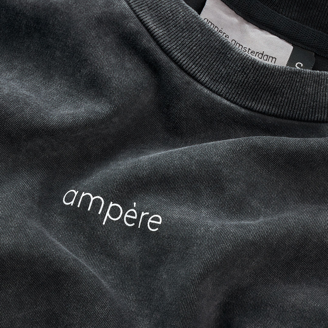 ampère august I am tee - acid black