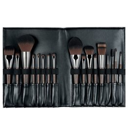MUFE BOOK PINCEAUX / BRUSH BOOK
