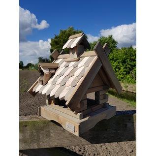 Vogel voederhuis staand groot met houten dakpannen