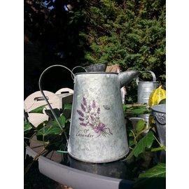 Zinken schenkkan middel, Lavendel