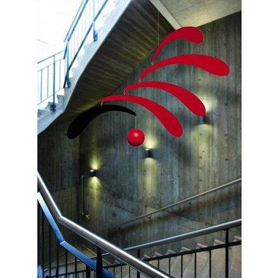 Flensted Mobiles Flowing Rhytm Mobile  in rood zwart 30x45cm