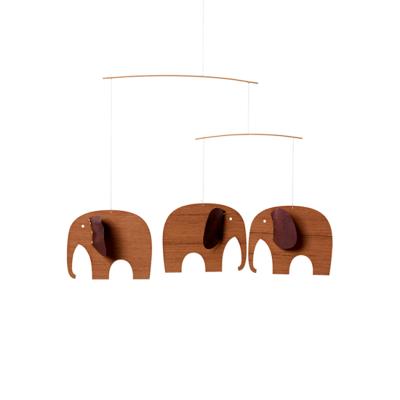Flensted Mobiles Baby Olifanten 3 wood  - leather - Deens design