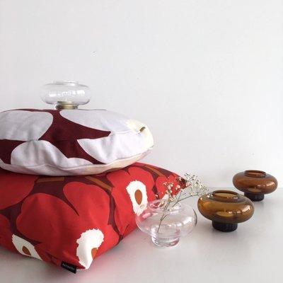 Marimekko Unikko rond kussen dkr rood  Ø43cm - Fins design