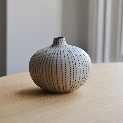 Lindform Bari vaasje brown dots H6cm - Duurzaam & handmade