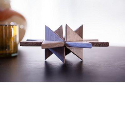 Boyhood Fröbel table eiken 20x20x6cm - Deens design