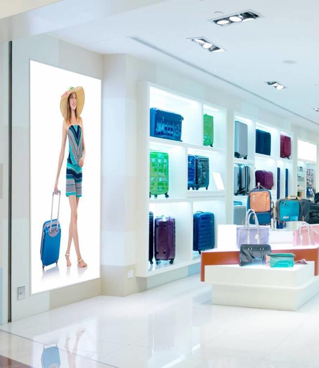 Textilspannrahmen beleuchtet - LED Leuchtkasten zur Wandbefestigung - 100 mm