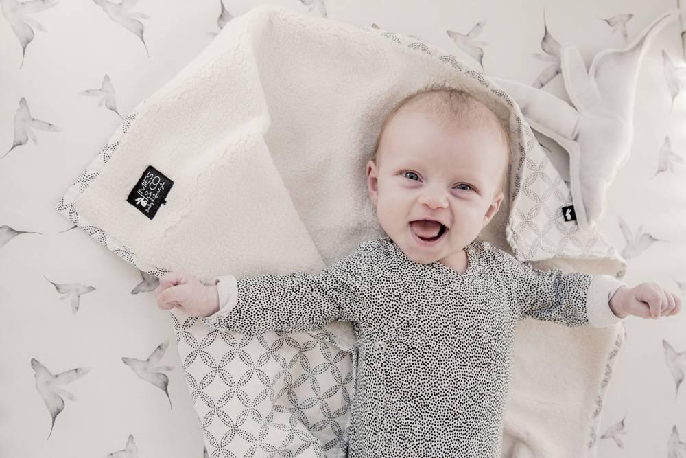 baby soft teddy deken - geo circles offwhite-2
