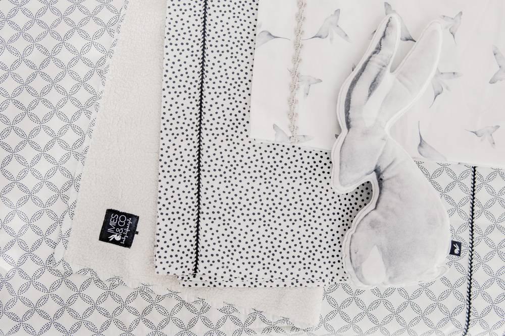 wieglaken - cozy dots offwhite-2