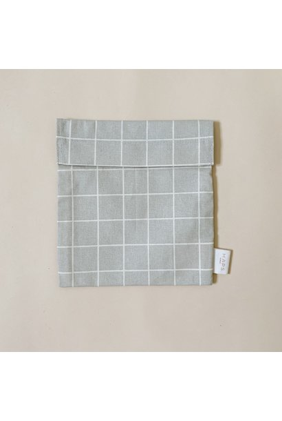 sandwich bag– grey grid
