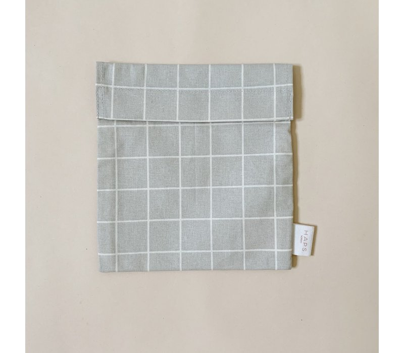 sandwich bag– grey grid