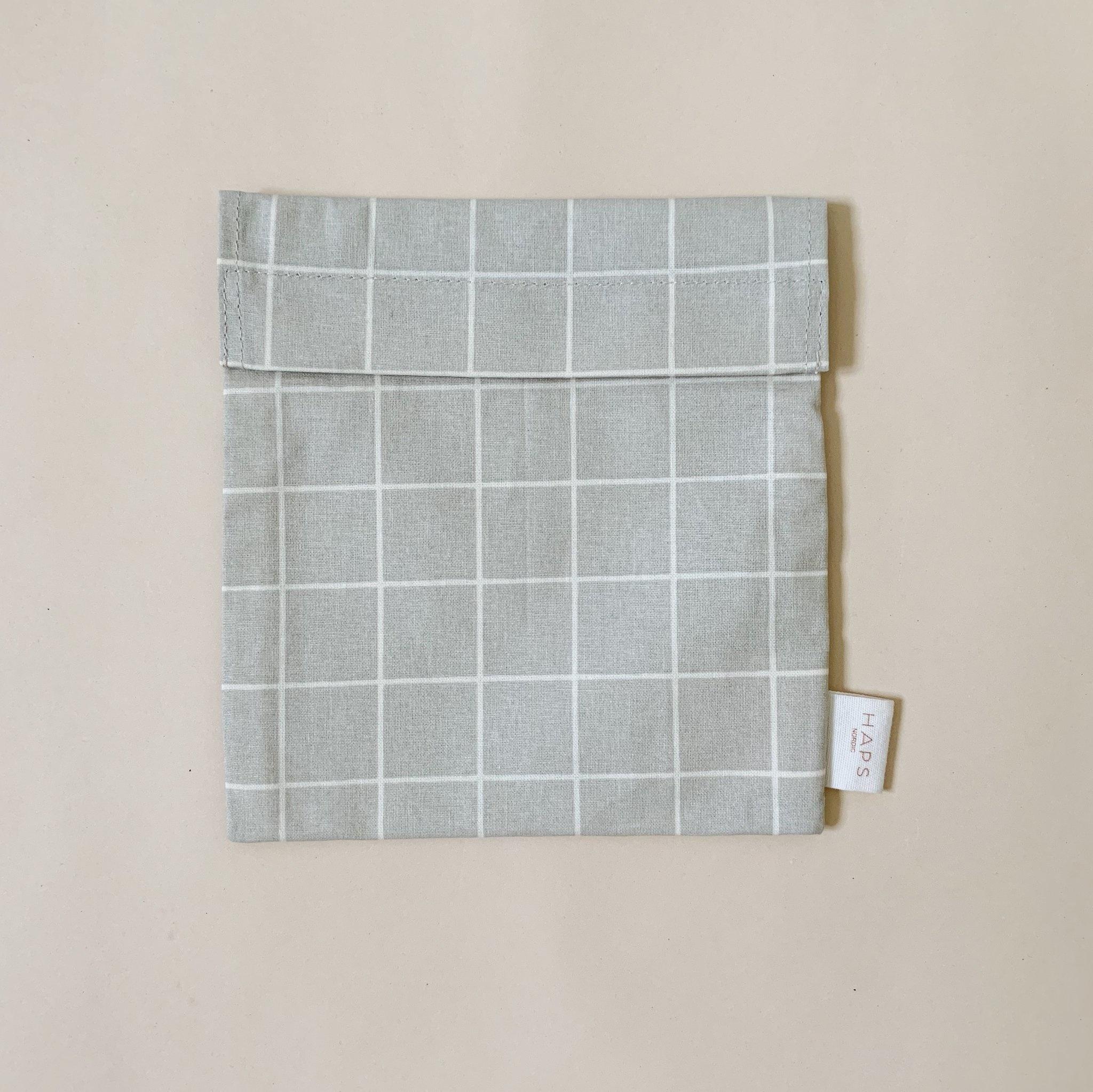 sandwich bag– grey grid-1