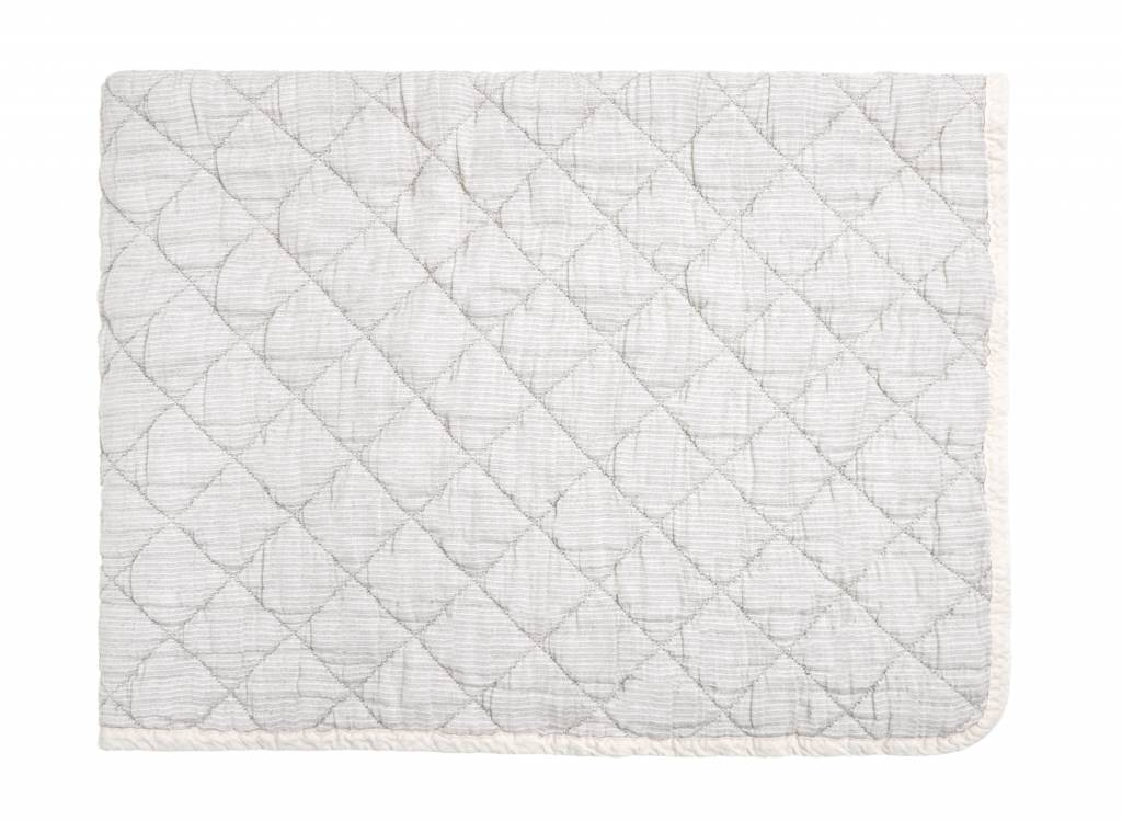 rose marie quilt - grey 80 x 100-1