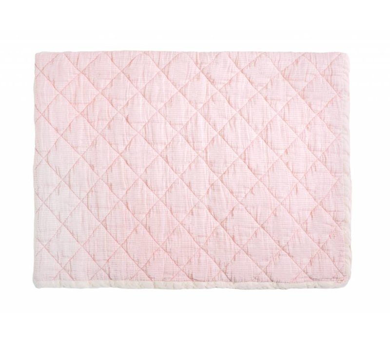 rose marie quilt - light pink 80 x 100