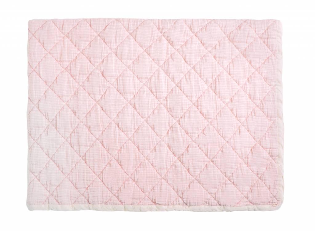 rose marie quilt - light pink 80 x 100-1
