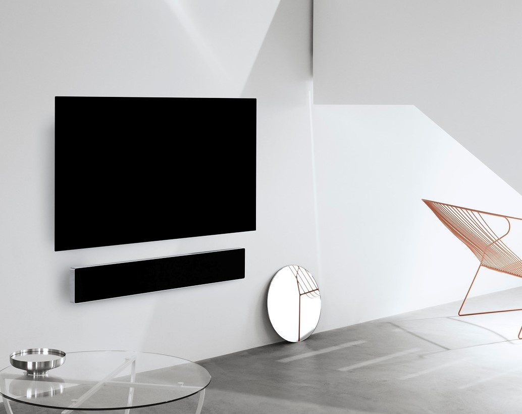 LG Oled55GX + BeoSound Stage Combipack muur-1